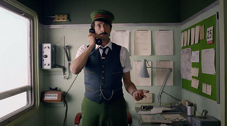 wes-anderson-hm-christmas-ad-4