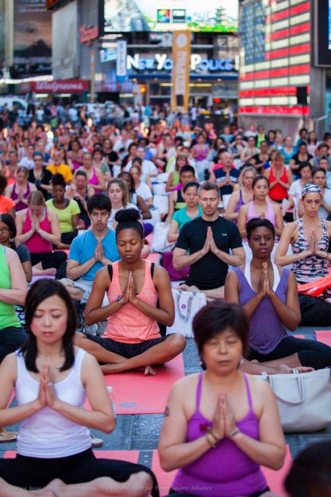 Free yoga class at Times Square (Pic by Amy Hart)