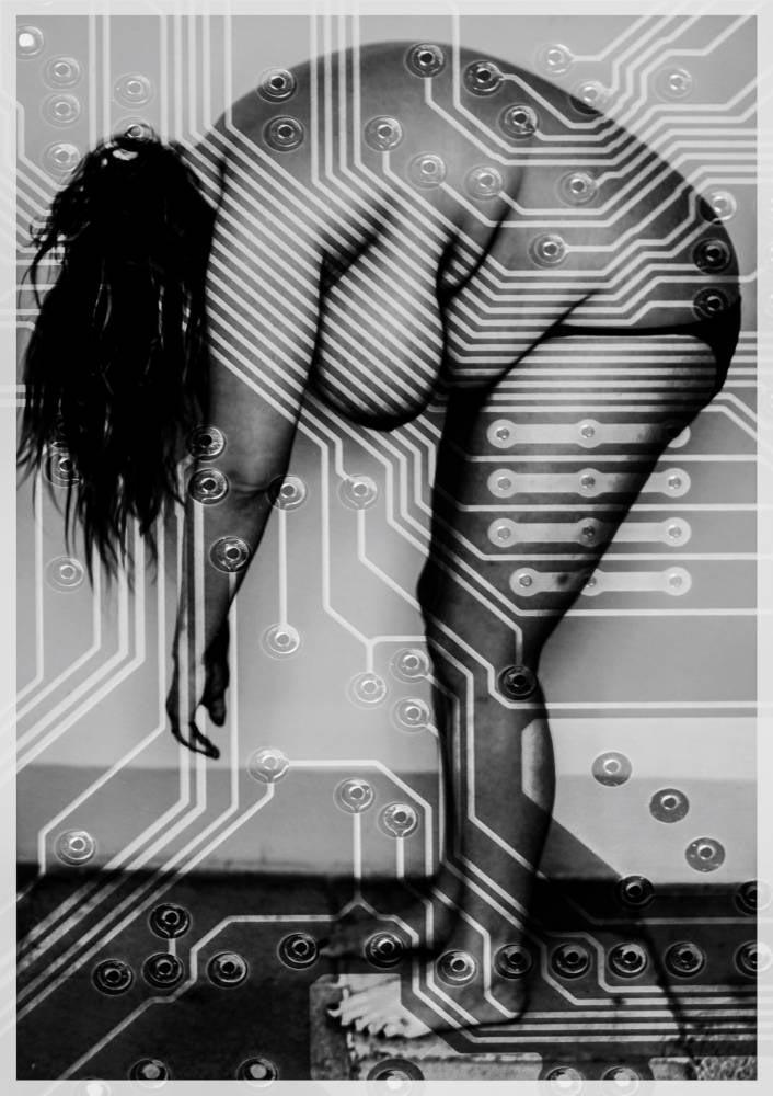 onlineprinters-poster-exhibition-Forward-motherBoard-Genoveva-Kriechbaum