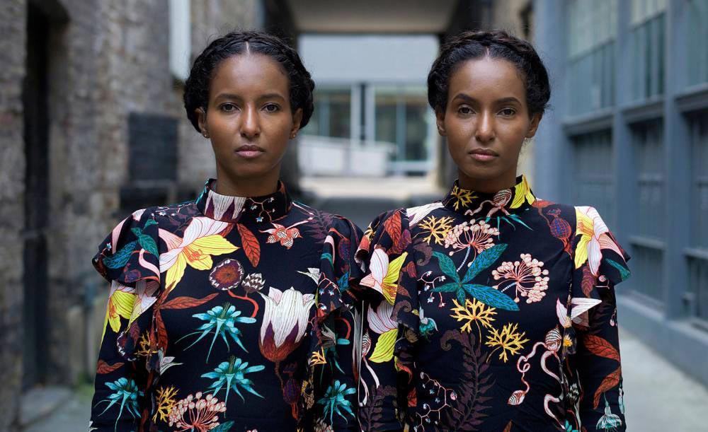 Street-Portrait-Twins-Zelewski-06