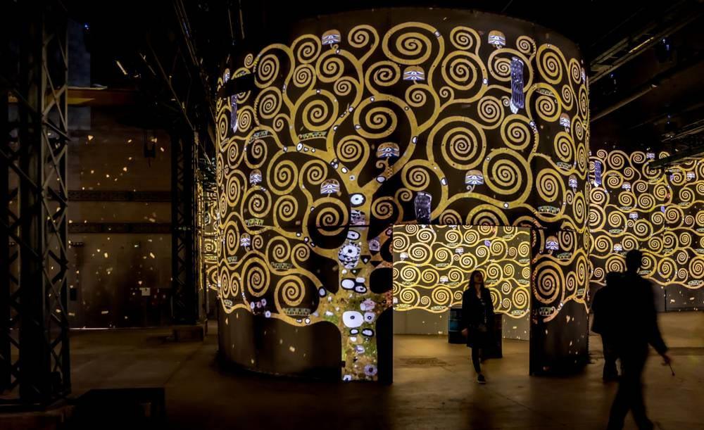 digital-art-museum-paris-atelier-de-lumiere-5