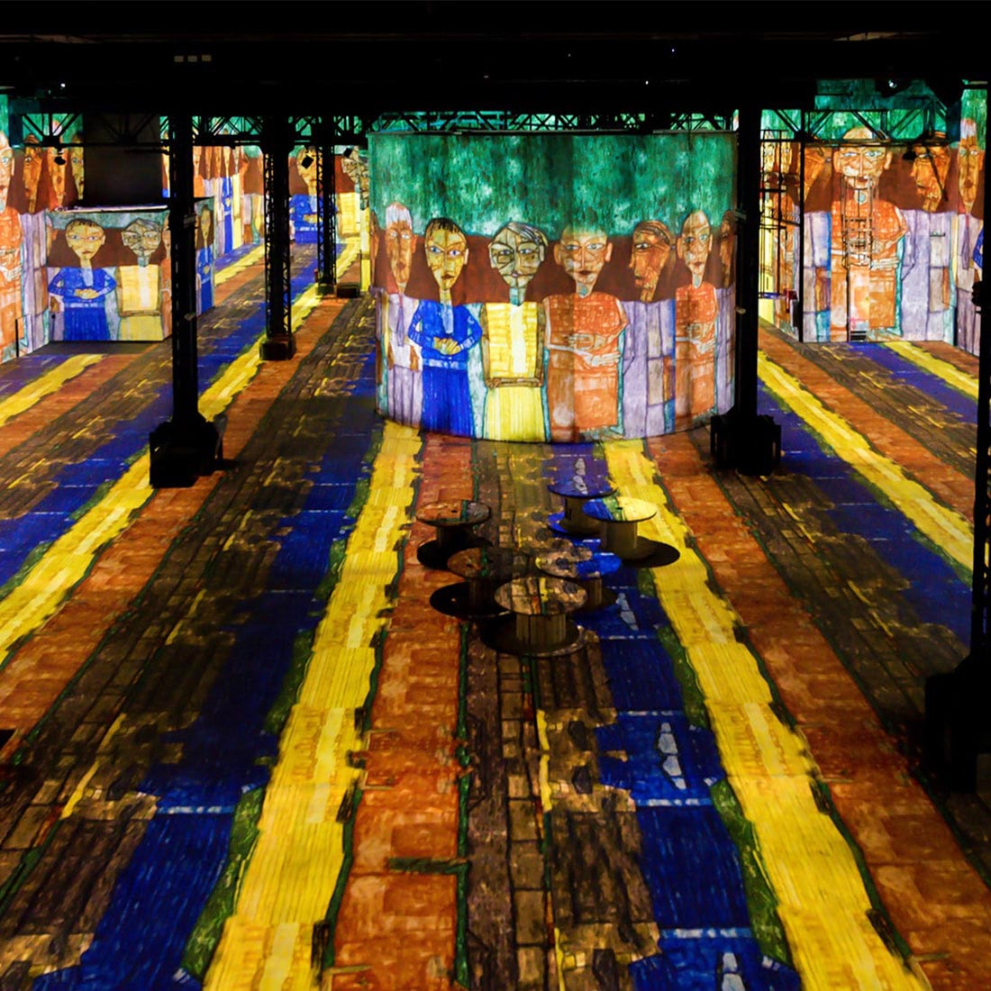 The first immersive digital art museum in Paris / Forward Festival ...