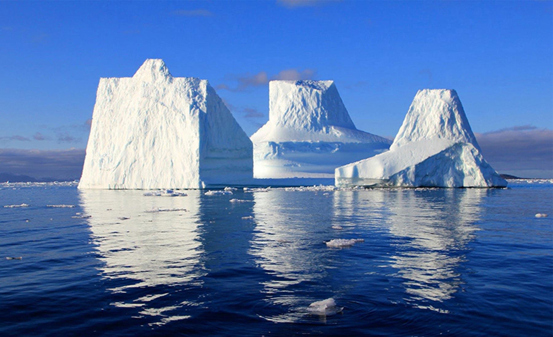 hugo-livet-geometrical-icebergs-02