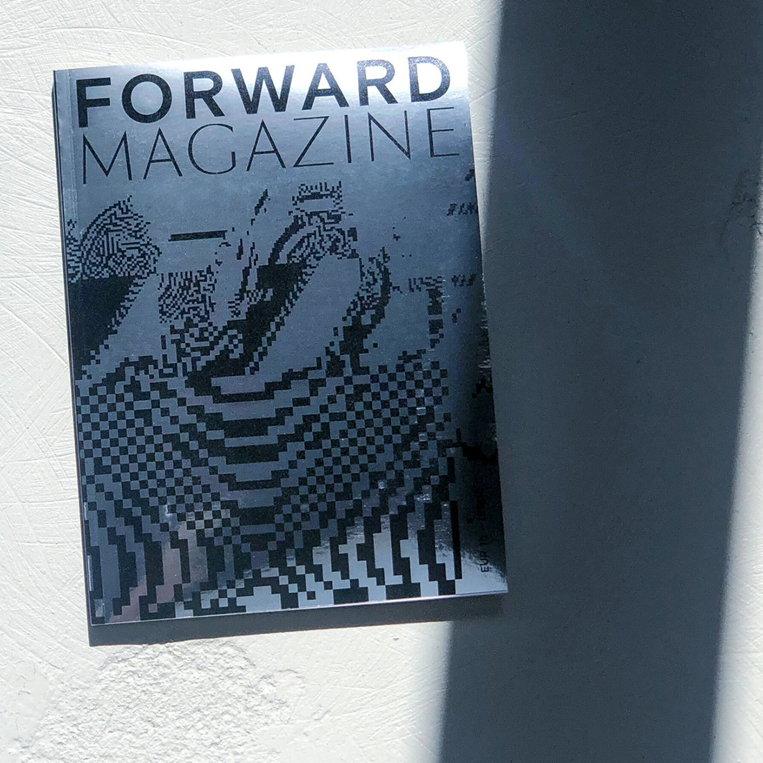 Forward-Magazine-Digitaleyes-Crop