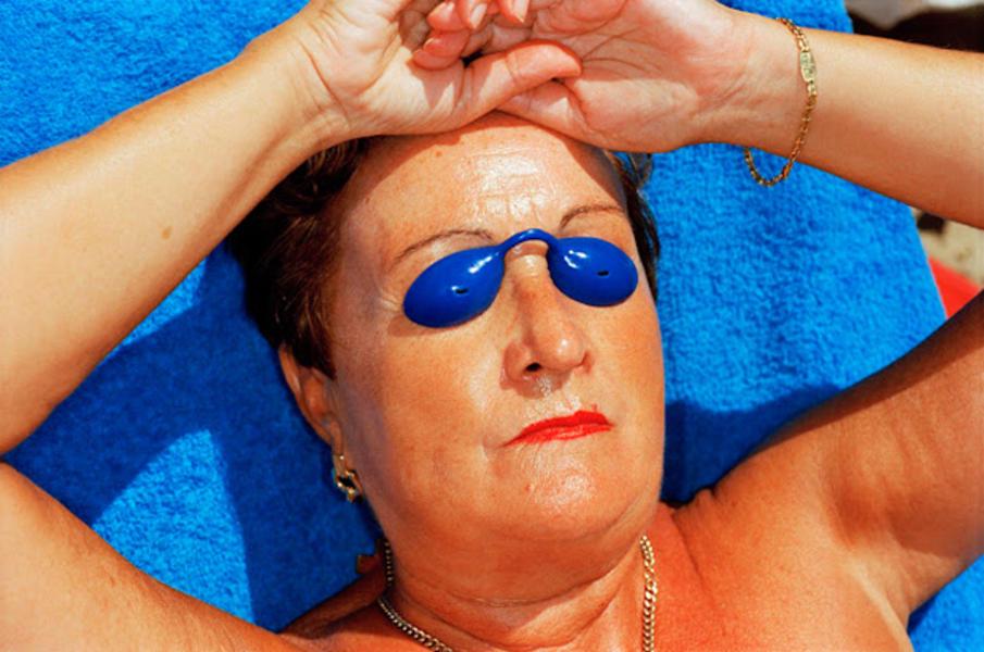 Forward-Festival-Martin-Parr-Sunbathing